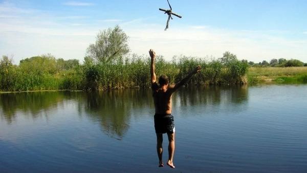Прыжок в водоем с тарзанки окончился трагедией