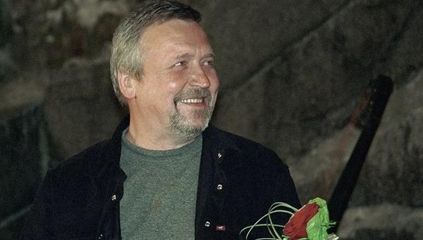 Скончался режиссер, снявший культовое российское кино