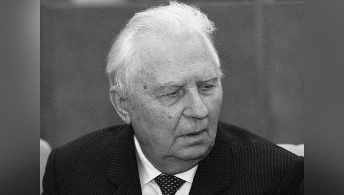 Умер 100-летний экс-секретарь Центрального Комитета КПСС