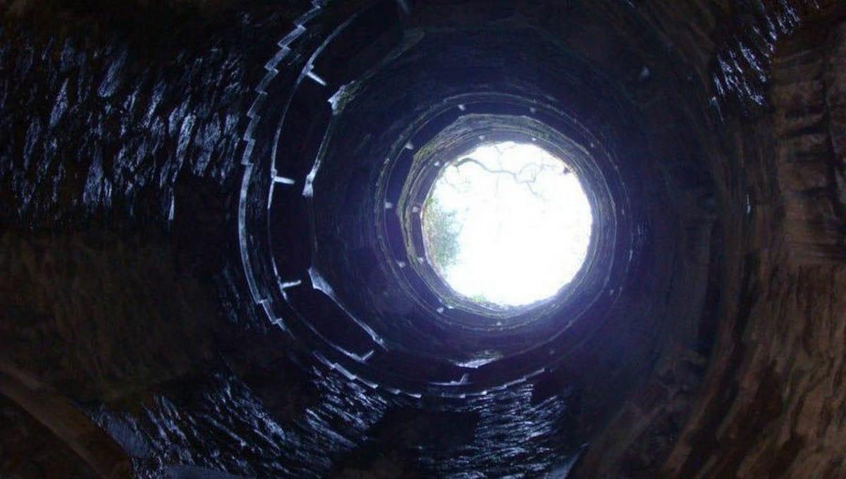 В Подмосковье канализационный люк стал могилой для троих