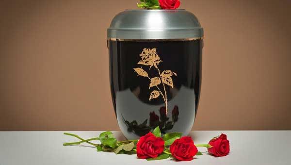Кремация в Санкт-Петербурге: где выгоднее заказывать ритуальные услуги?
