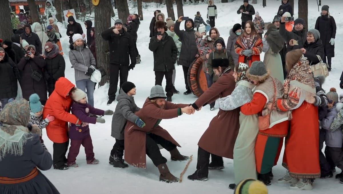 Как в Парке Дракино зиму прогоняли