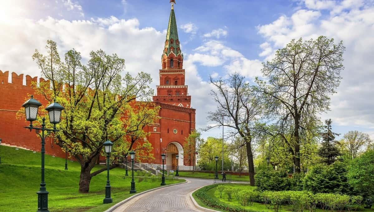 На Москву надвигается сильный ветер... Очень сильный