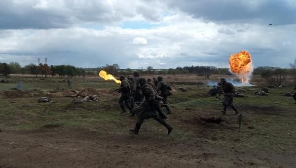 Под Москвой воспроизвели легендарный бой Великой Отечественной Войны