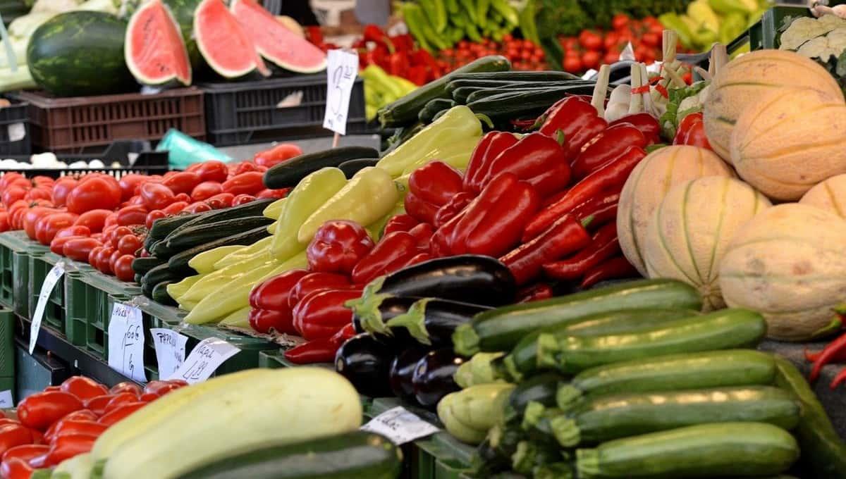 Два популярных у россиян овоща взлетели в цене