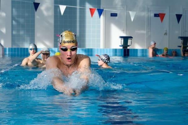 В Серпухове открылся новый бассейн