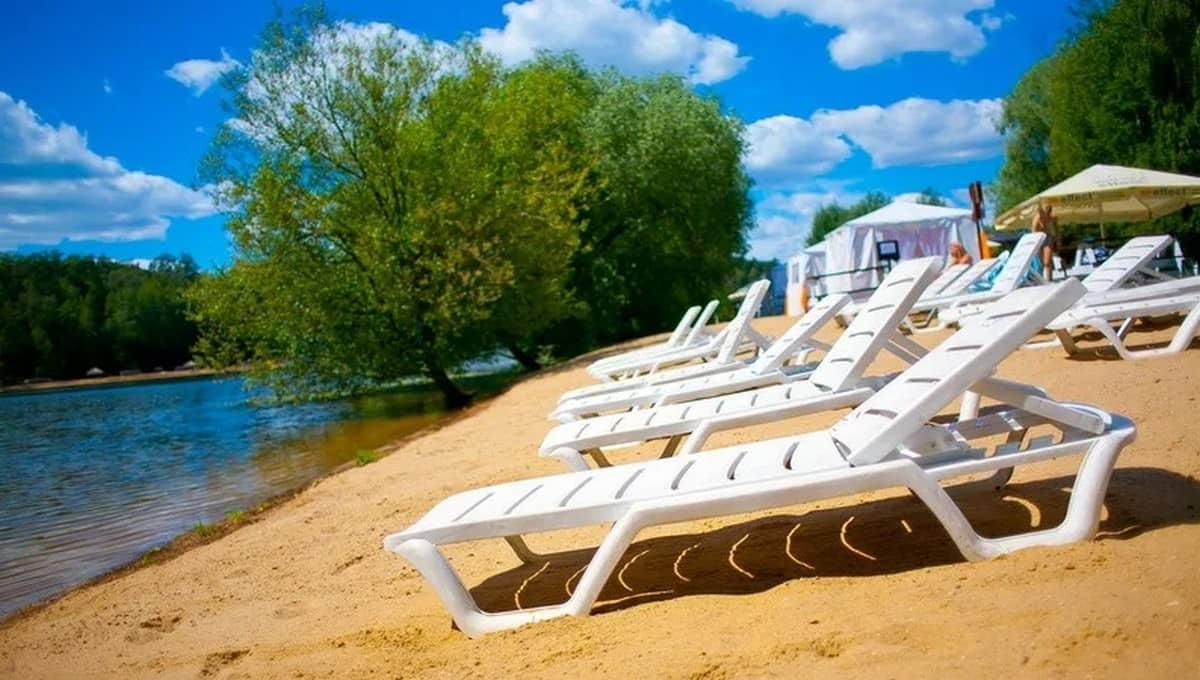 До безопасного пляжа жителям Серпухова надо ехать... полсотни километров