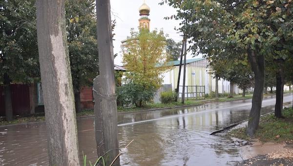 Более 15 млн рублей в Серпухове кинут на ливневки