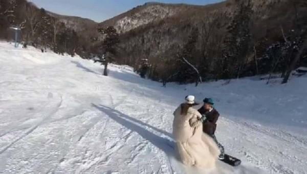 Сеть восхитил танец молодоженов на сноубордах