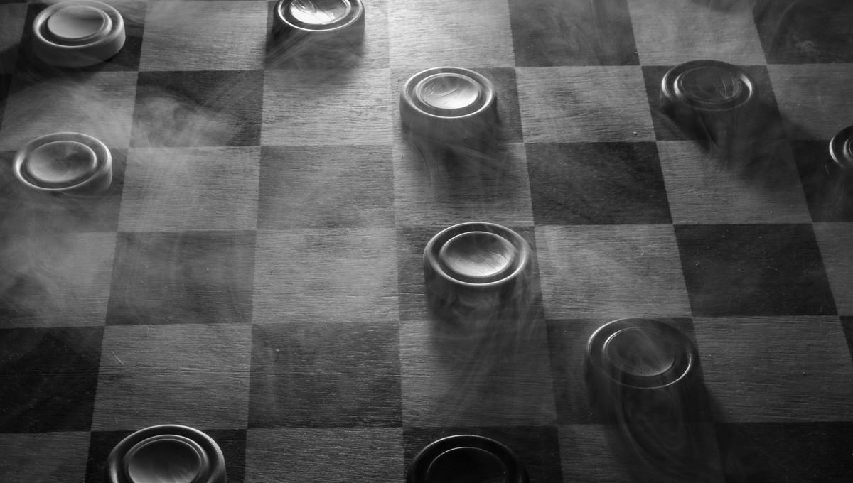 Партия игры в шашки закончилась трагедией