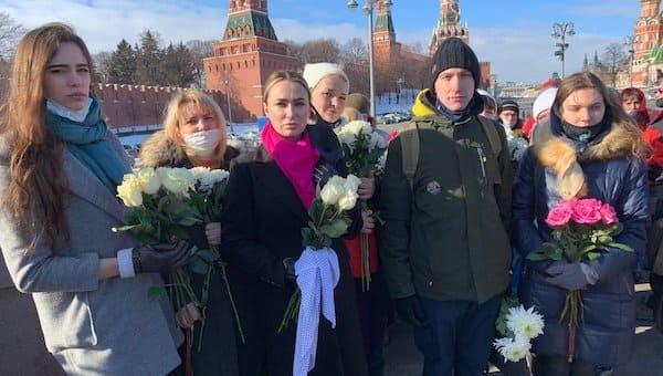 Движение «Матери против политрепрессий» почтило память Бориса Немцова