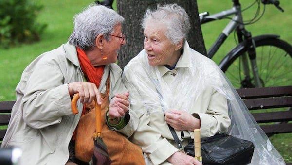 Порядок получения доплат к пенсиям объяснили жителям Подмосковья