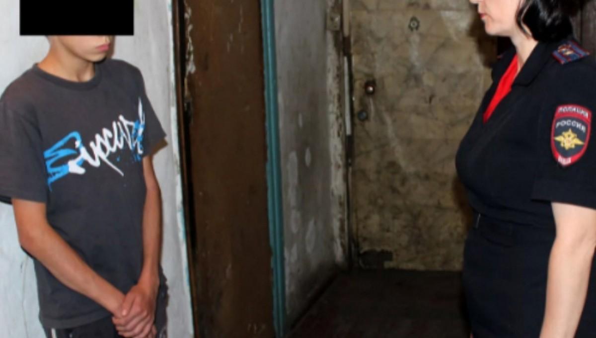 14-летнего подростка подозревают в изнасиловании ребенка