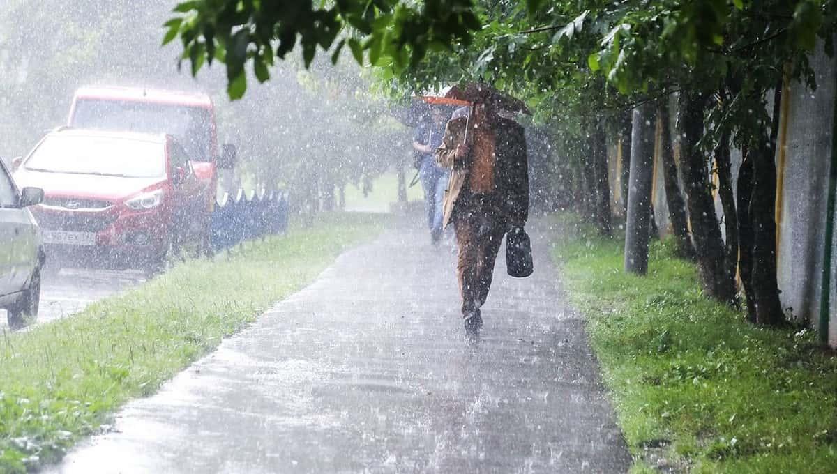 МЧС не успело разослать предупреждения о погоде