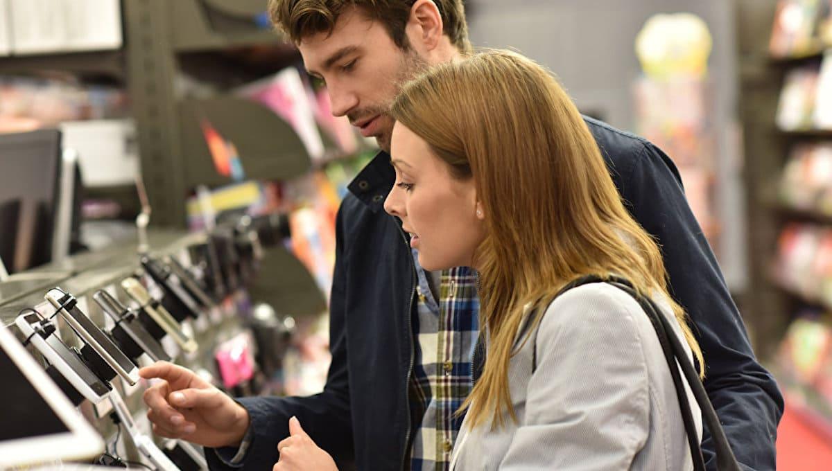 В России начали скупать дорогие смартфоны