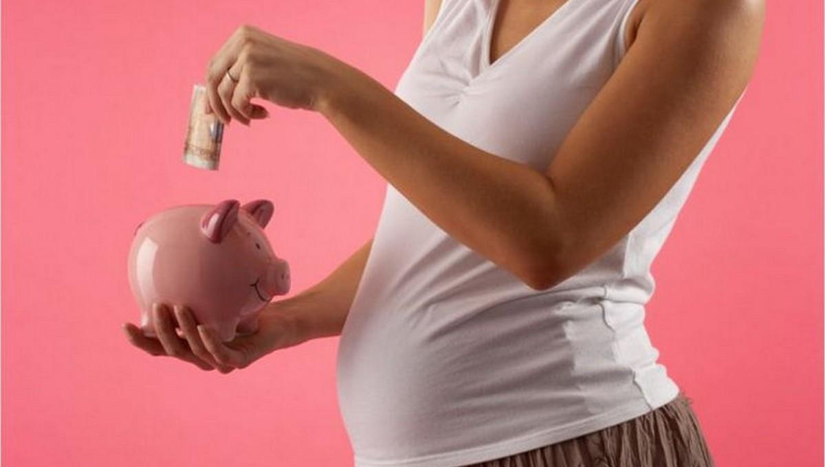 Пособия беременным будут назначать при одном условии